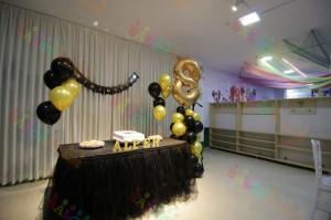 Altın Sarısı Parti Masası Örneği