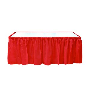 kırmızı masa eteği